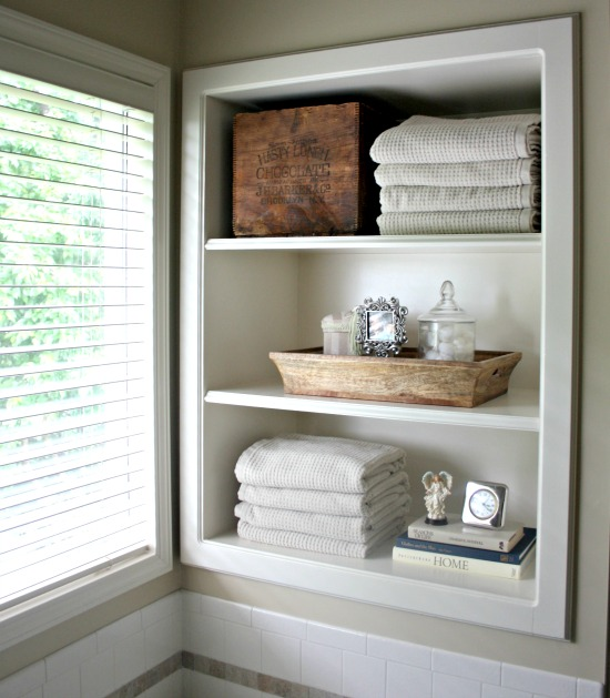bathroom-shelves