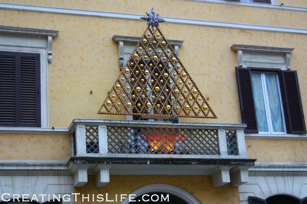 Roma Christmas tree