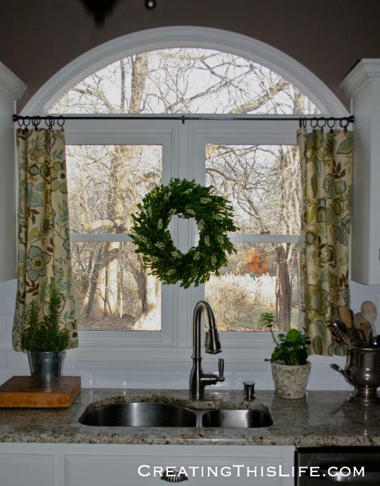 kitchen wreath