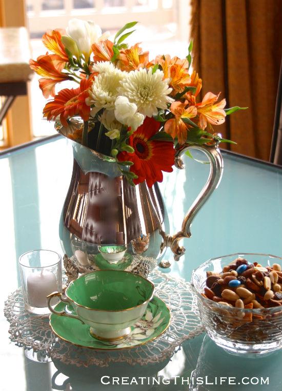 vintage-bridal-shower-flowers-teacup-votive