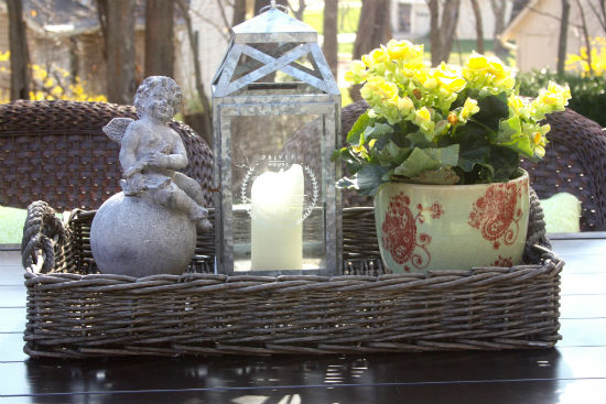 Spring Patio Table at CreatingThisLife.com
