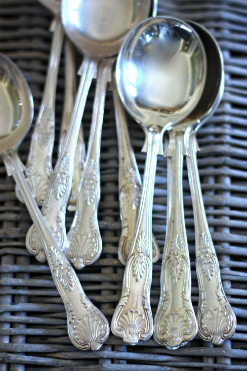 Sheffield Silverplate Round Bowl Soup Spoons