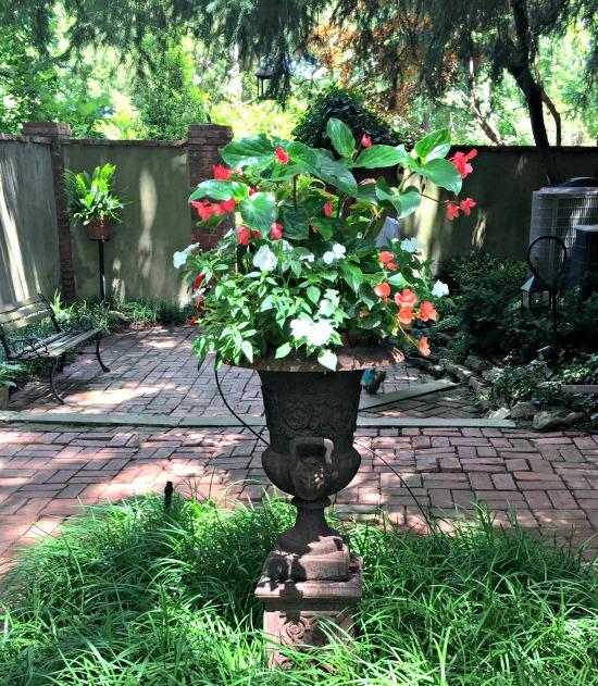 tudor garden 15
